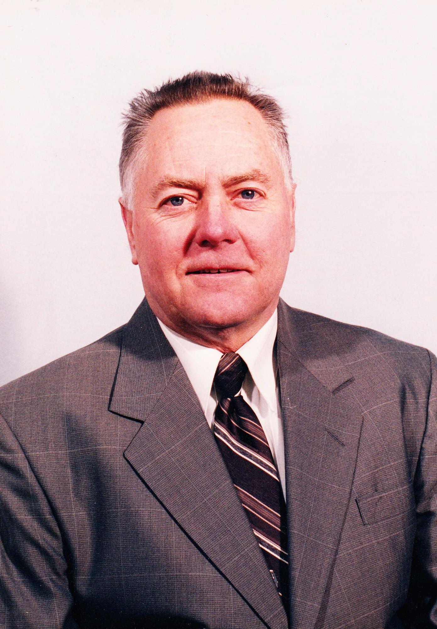 Jac L.  Williamson
